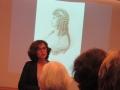 Dr. Elke Richter und ihre Kollegin stellen Briefe Goethes an Frau vonStein vor